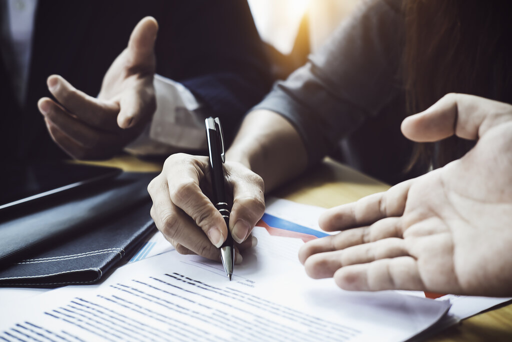 CONVEYANCING, COMMERCIAL & CORPORATE LAW